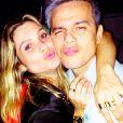 Flávia Alessandra e Otaviano Costa comemoram o aniversário de Fernanda Paes Leme