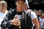 Veja fotos do primeiro dia de Neymar no Barcelona ao lado de Bruna Marquezine