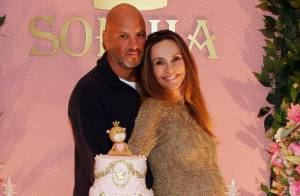 Grávida, Flávia Monteiro recebe famosos no chá de bebê da primeira filha, Sophia