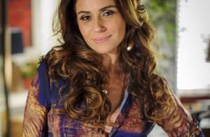 Giovanna Antonelli promove bazar beneficente antes de embarcar para a Itália