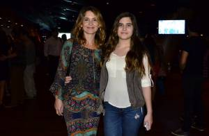 Filha de Cláudia Abreu chama a atenção por semelhança com a atriz