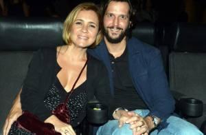 Adriana Esteves e Vladimir Brichta prestigiam pré-estreia de filme no Rio