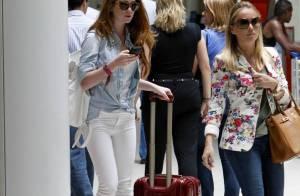 Marina Ruy Barbosa embarca, toda estilosa, em aeroporto do Rio de Janeiro