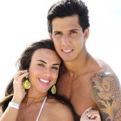 Nicole Bahls e Victor Ramos se divertem em parque aquático de Fortaleza