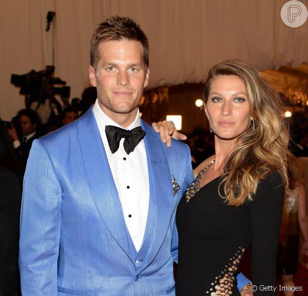 Tom Brady nega suposta crise em seu casamento com Gisele Bündchen em uma emissora de rádio nesta terça-feira, dia 08 de agosto de 2015