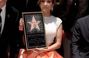 Jennifer Lopez lembra infância pobre em filme; veja dificuldades de mais famosos