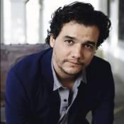 Wagner Moura brinca sobre trabalhos após 'Narcos': 'Pai da Bruna Marquezine'
