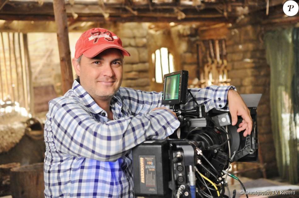 O diretor da novela 'Os Dez Mandamentos', Alexandre Avancini falou sobre as complexas cenas da trama da TV Record em entrevista ao site Purepeople, nesta sexta-feira, dia 11 de setembro de 2015