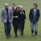 Xuxa, Sasha e Junno Andrade vão ao enterro de Cirano, irmão da apresentadora
