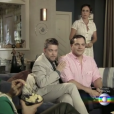 Cenas engraçadas também ficaram para Tavares (Kiko Mascarenhas) e PC (Daniel Boaventura). Ambos se passaram por um casal de gays para ganharem dinheiro em um dos episódios de 'Tapas & Beijos'