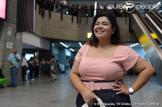 Perséfone (Fabiana Karla) cai no golpe do boa noite Cinderela, em 'Amor à Vida', em 14 de agosto de 2013
