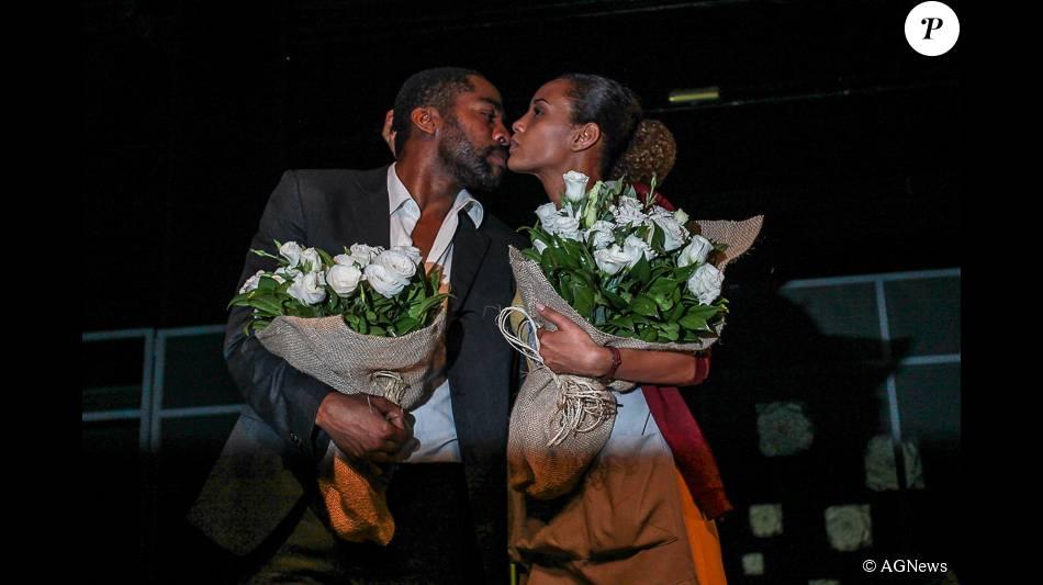 Taís Araújo e Lázaro Ramos estrearam a peça 'O Topo da Montanha' no teatro Faap, no Rio de Janeiro, na noite de sexta, dia 9 de setembro de 2015