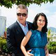 Alec Baldwin é casada com Hilaria Baldwin desde junho de 2012