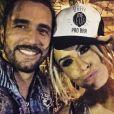 Solteiro, Latino estaria saindo com Fernanda Lacerda, a Mendigata do 'Pânico na Band'
