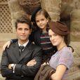 Franz (Bruno Gagliasso) e Amélia (Bianca Bin) levam Pérola (Mel Maia) ao Nepal para conhecer um mosteiro, em 'Joia Rara'