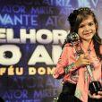 Mel Maia recebeu o troféu de melhor atriz mirim no prêmio Melhores do Ano, no 'Domingão do Faustão', em 2012