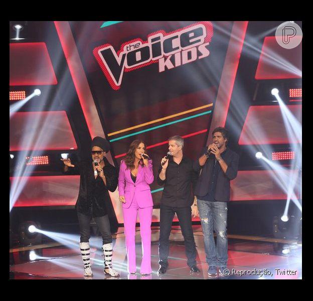 O 'The Voice Kids' estreou neste domingo, 3 de janeiro de 2016, com Ivete Sangalo, Carlinhos Brown e a dupla sertaneja Victor e Léo como jurados