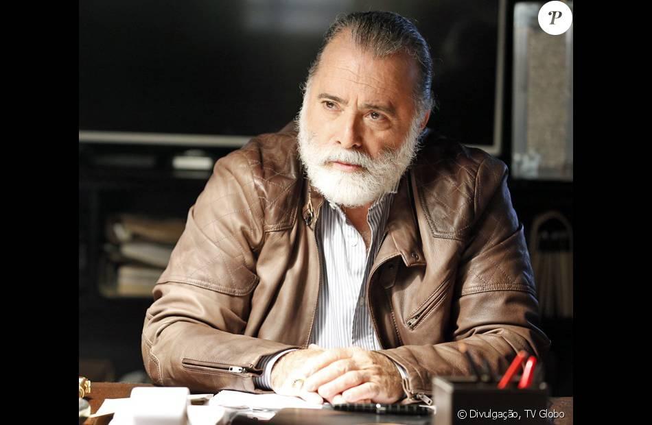 Zé Maria (Tony Ramos)  vai deixar a facção nos próximos capítulos de 'A Regra do Jogo'