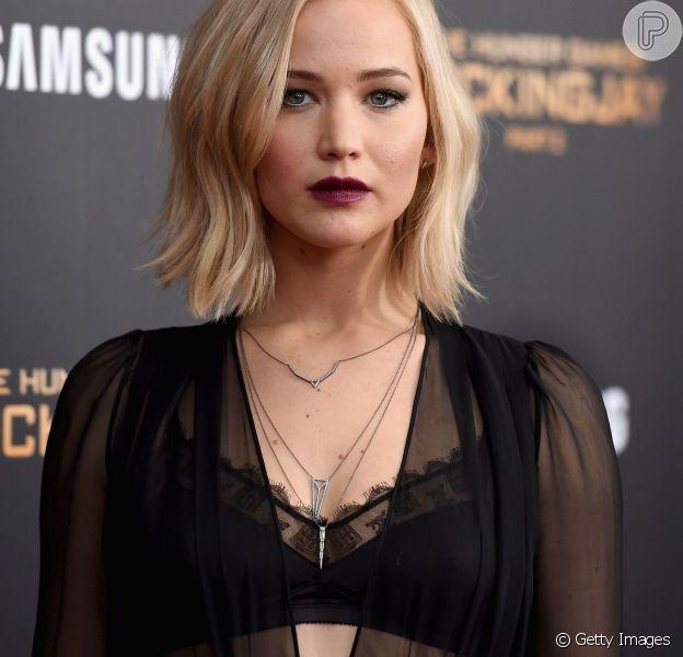 Jennifer Lawrence lança a polêmica: 'Se você tem seios, tem que mostrá-los'