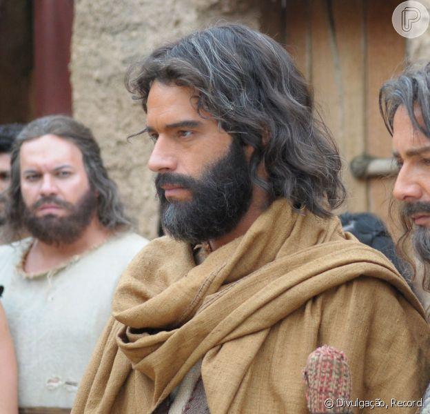 'Os Dez Mandamentos - O Filme' atinge a marca de 401 mil ingressos na pré-venda