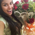 Munik, do 'Big Brother Brasil 16', gosta de receber flores