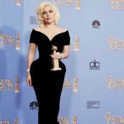 Lady Gaga agradece indicação ao Oscar e usa máquina de escrever:'Voz às vítimas'