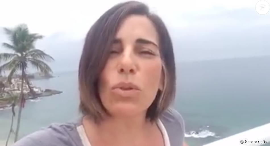 Gloria Pires gravou um video para tranquilizar os fas que se preocuparam depois da da atriz ser internada com fortes dores na coluna