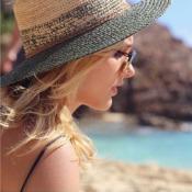 Xuxa publica foto de Sasha Meneghel no Caribe e fãs comentam: 'Genética boa!'