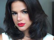 Beatriz, personagem de Bruna Marquezine em série, quer vingar a morte da mãe