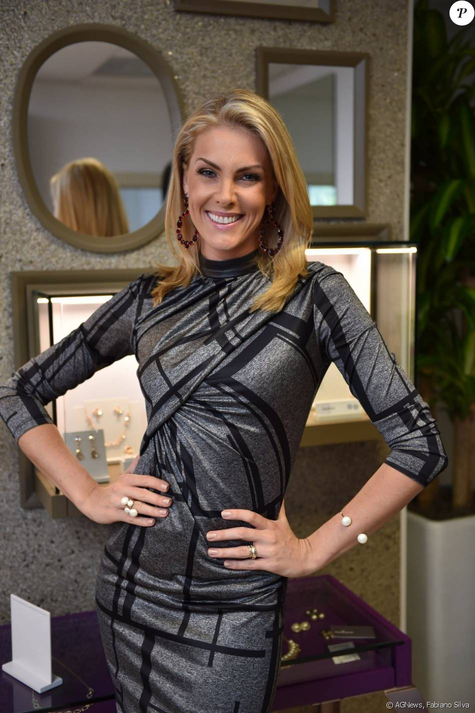 24c309df004ab Ana Hickmann lançou a linha de joias Heaven – Ana Hickmann Fashion Jewelry  by Rommanel, sua 13ª em parceria com a Rommanel