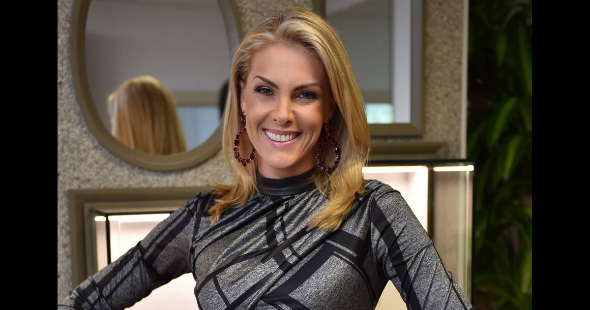 0809a41cd212c Ana Hickmann lançou a linha de joias Heaven – Ana Hickmann Fashion Jewelry  by Rommanel, sua 13ª em parceria com a Rommanel - Purepeople