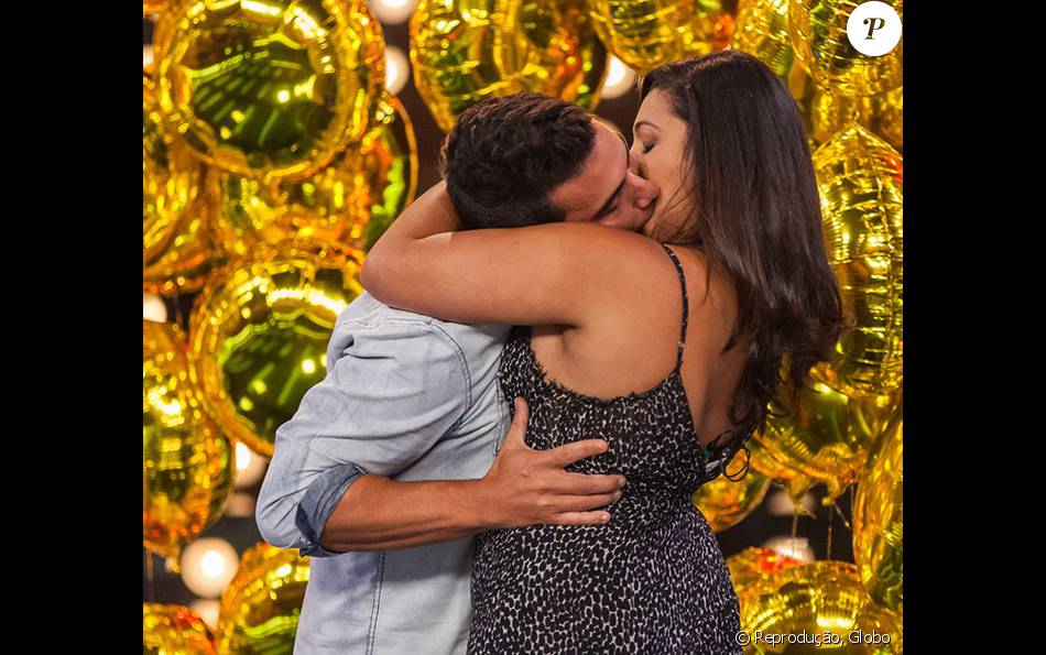 André Marques beijou uma participante anônima em quadro do 'Amor & Sexo' deste sábado, 23 de janeiro de 2016