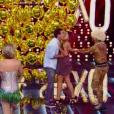 André Marques precisou ser separado por Fernanda Lima e seus assistentes de palco depois de beijar participante anônima em quadro do 'Amor & Sexo' deste sábado (23)