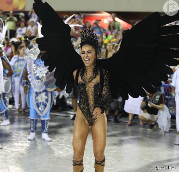 Sabrina Sato paga entre R$ 50 mil e R$ 80 mil em fantasias de Carnaval: 'Justo'