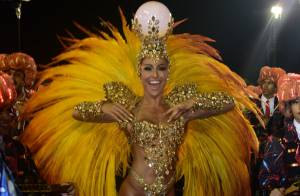 Carnaval: Sabrina Sato usa fantasia dourada na Gaviões da Fiel. 'Cabeça de 7 Kg'