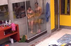'BBB16': Cacau e Matheus tomam banho juntos após ela acusar. 'Não me deseja'