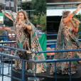 Daniela Mercury reinou no comando do seu trio elétrico independente no circuito Osmar em Salvador, na sexta-feira, 5 de fevereiro de 2016, e a fantasia escolhida foi de 'Nossa Senhora da Música'
