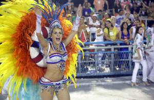 Monique Alfradique e Julianne Trevisol arrasam no desfile da Grande Rio. Fotos!