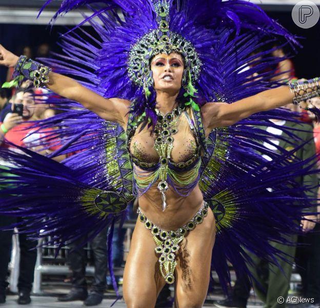 Gracyanne Barbosa desfilou de índia pela X-9 Paulistana e não revelou o valor total do figurino: 'Uma das mais caras que já fiz'