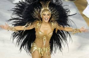 Claudia Leitte causa tumulto ao chegar para desfile da Mocidade. Veja vídeo!