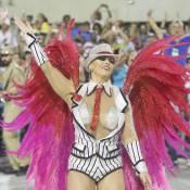 Viviane Araújo, rainha do Salgueiro, usa fantasia com 8 mil pedras: 'Malandro'