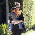 Sandra Bullock deixaria a sua carreira para cuidar de seu filho, Louis, de três anos