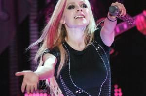 Recém-casada, Avril Lavigne chega aos 29 anos a um mês de lançar seu 5° álbum