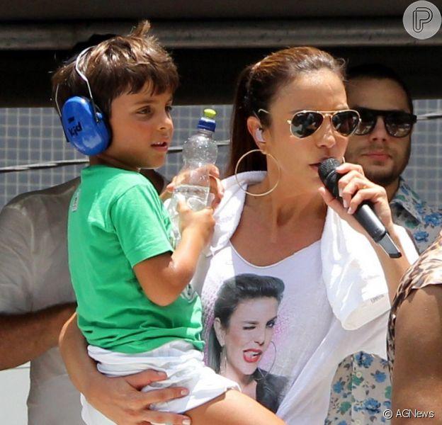 Ivete contou que Marcelo é mimado pelos primos por ser o caçula
