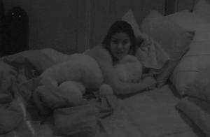 'BBB16': após festa, Matheus pede para dormir com Munik, que nega: 'Melhor não!'