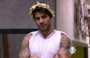 'BBB16': Renan volta e indica Geralda ao Paredão Triplo formado por ele e Ronan