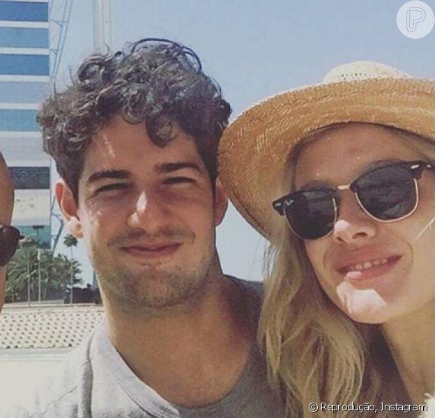 Fiorella Mattheis e Alexandre Pato viajam a Dubai com membro do ministério do Turismo dos Emirados Árabes, em 20 de março de 2016