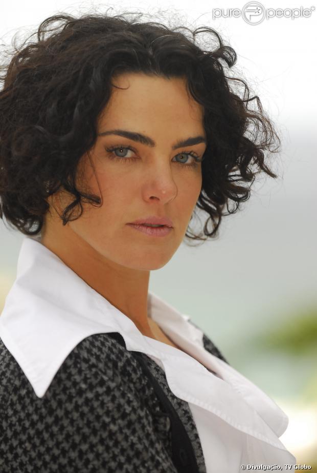 Ana Paula Arósio volta a viver no Rio de Janeiro, segundo colunista em 28 de setembro de 2013