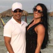 Zezé Di Camargo e Graciele Lacerda ficam noivos durante viagem, diz colunista