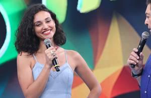 Débora Nascimento diz que seu pai quer um neto: 'Me pede sempre que o encontro'